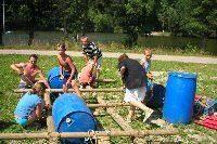 vlotbouwen is een goede teambuilding in de Belgische Ardennen